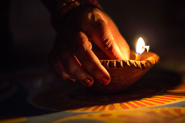 This Diwali, Light Up Your Interiors with Easy Decoration Ideas